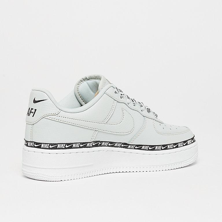 best sneakers 795ff 94bbe Compra NIKE Air Force 1 07 SE Premium light silver light silver black wh  Sneaker en SNIPES