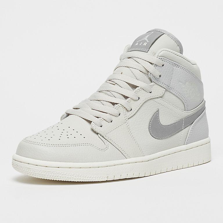 f1e1c4a5f6c Jordan Air Jordan 1 mid white sneakers bij SNIPES