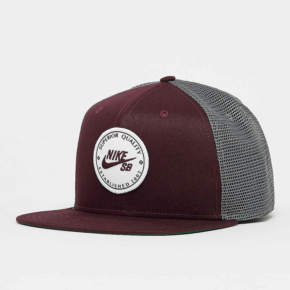 12c0ad78ea0a7 Compra NIKE SB NK Pro Cap Patch Trucker burgundy crush gunsmoke Gorras  Trucker en SNIPES