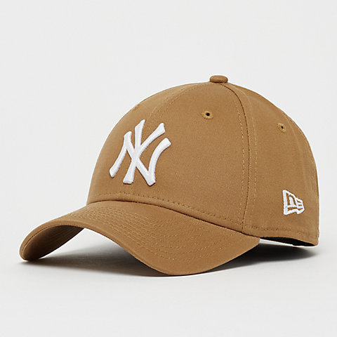 a15fc3ca9bd84 New Era. 9Forty MLB New York Yankees Essential wheat opc white