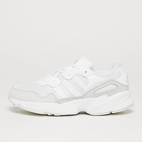 8beefdf25ae962 Bestel nu witte sneakers in de SNIPES online shop
