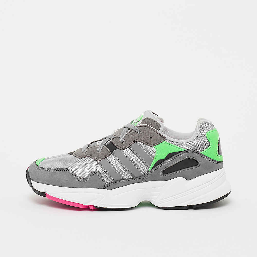 ff31c1316f7ec9 adidas YUNG-96 grey shock pink Sneaker bei SNIPES