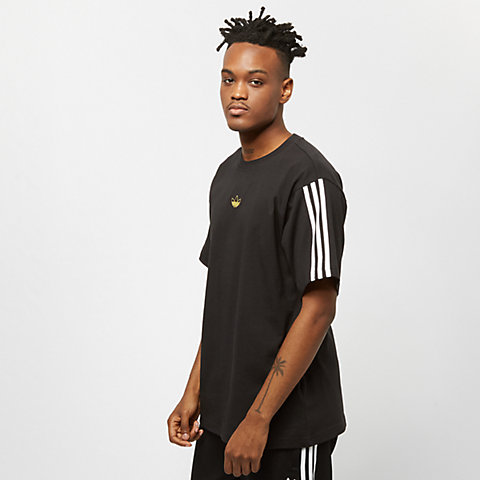 Compra Hombre T-Shirts online en la tienda de SNIPES 215de9b8e3195