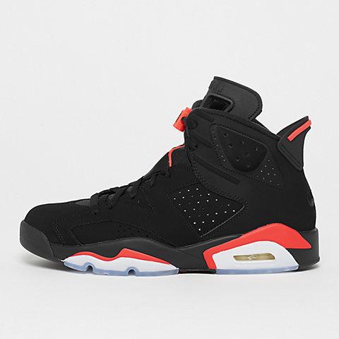 ¡Air Jordan Retro disponible en SNIPES! bf7c9a3e3