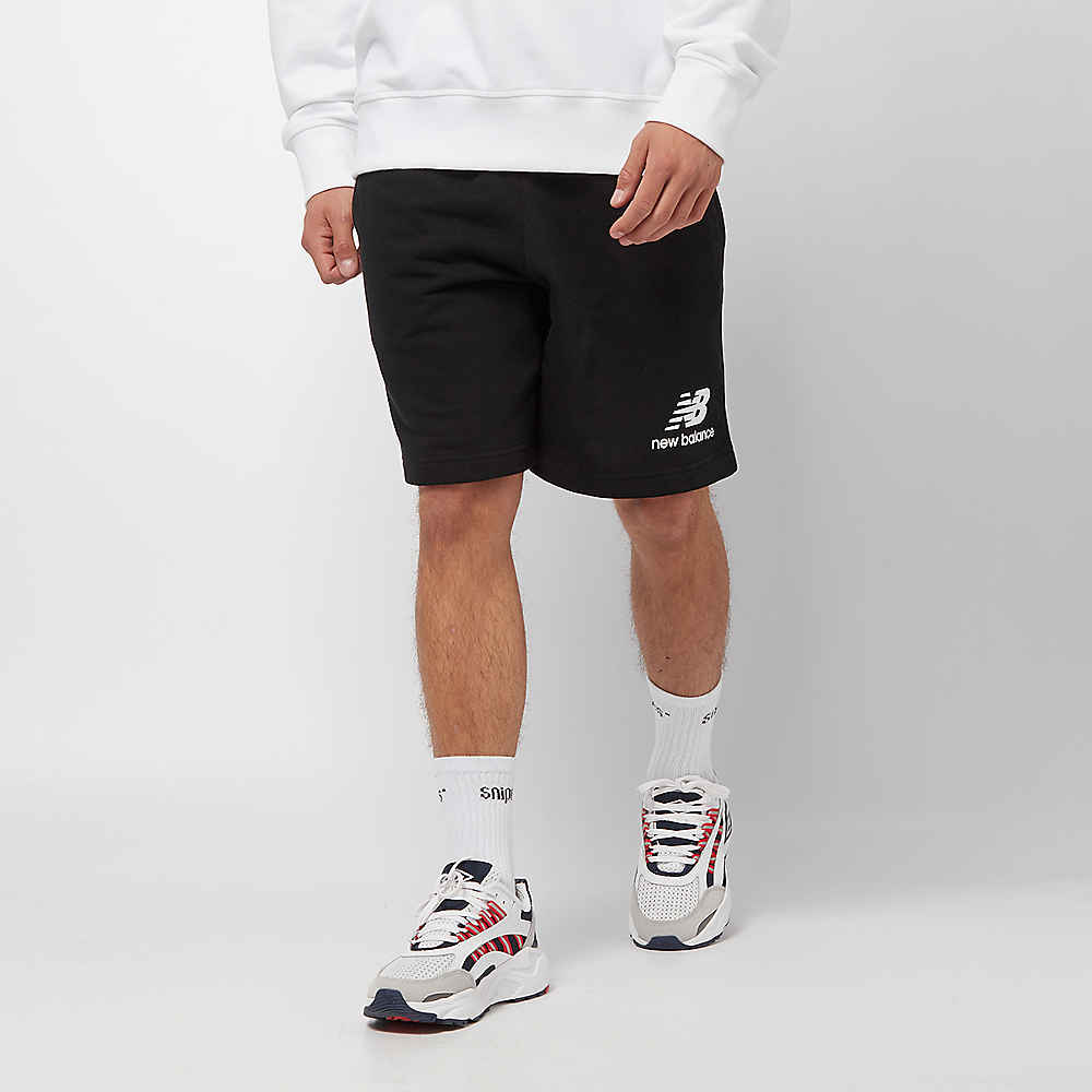 316974dba7c06 New Balance Essentials Stacked Logo Short black Sport shorts bij ...