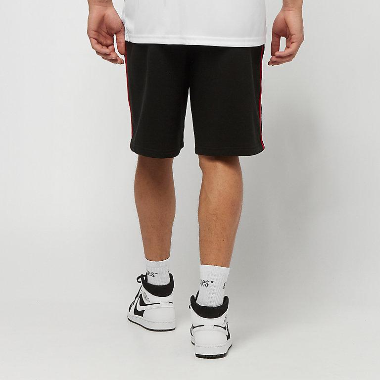 Compra New Era NBA Chicago Bulls black Pantalones cortos de deporte en  SNIPES 8e509df8635