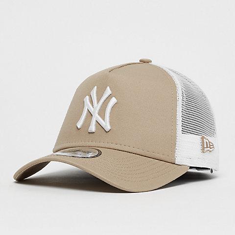 7eab2d3db New Era. League Essential Trucker New York Yankees ...
