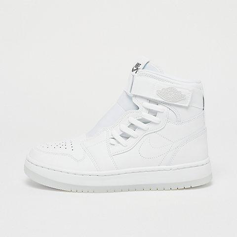 b90e4bb6be Jordan Sneaker und Apparel bei SNIPES online bestellen