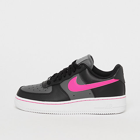 Commander NIKE Air Force 1 maintenant chez SNIPES