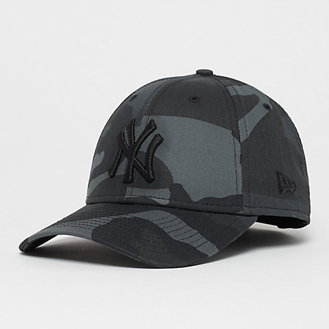 51b3361e4a8b16 New Era 9Forty MLB New York Yankees Essential midnite camo/black. New Era